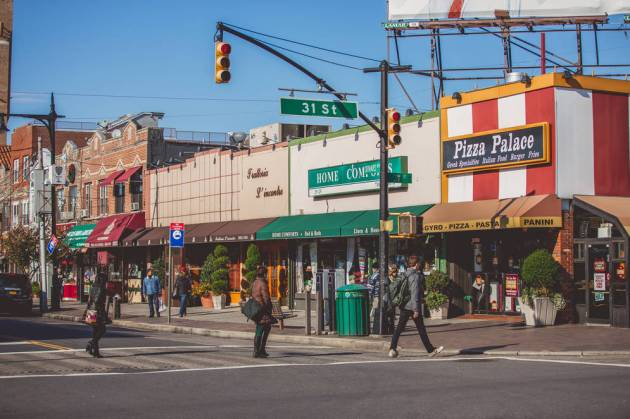 0_4200_0_2800_one_ditmars-blvd-31st-street-pizza-palace-tam08
