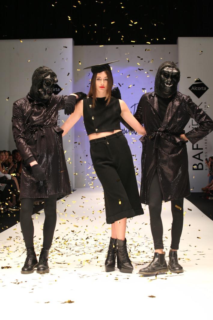 amores trash couture desfile baf 2014